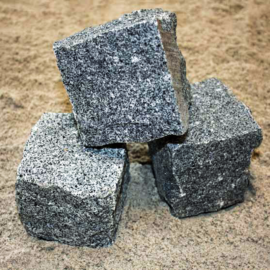 Chaussesten (Håndhugget Granit) Gråblå