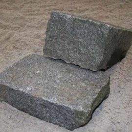 Brosten Håndhugget Granit Gråblå